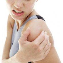 Упражнения, позволяющие снять боль в плечевом суставе
