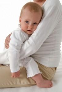 Чем вызван понос у грудного ребенка, и как его предотвратить