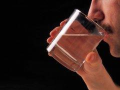 Отравление этиловым спиртом: симптомы и методы лечения