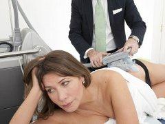 Как убрать синяк после укола