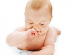 Насморк у малыша. Каковы причины появления и что делать