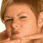 Как лечить угри самостоятельно? Какие есть эффективные средства?