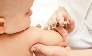 Перед прививкой ребенок должен быть полностью здоров