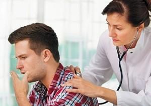 При нарушении дыхания только врач поставит диагноз и назначит лечение