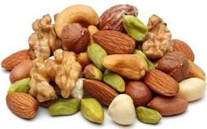 Горстка перемолотых орешков в мясном блюде – и вкусно, и полезно
