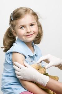 Если ребенку колется Флюарикс впервые, то вакцинацию разделяют на два этапа с промежутком в 4 недели
