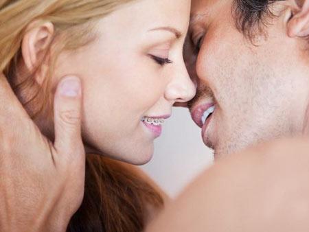 Брекеты: целуемся в первый раз без опасений