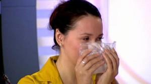 Чтобы быстро остановить кровотечение из носа, важно действовать оперативно и правильно