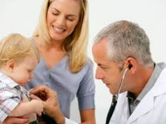 У ребенка сухой кашель и температура: причины и лечение