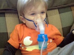 Начальные этапы развития бронхита с обструкцией у детей, появляются, как симптомы и признаки ОРВИ