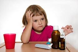 Препарат Нимесил хорошо переносится детьми, но разрешон только с 12-летнего возраста