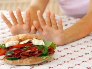 Для нормализации моторной функции кишечника необходимо поддерживать специальный режим питания