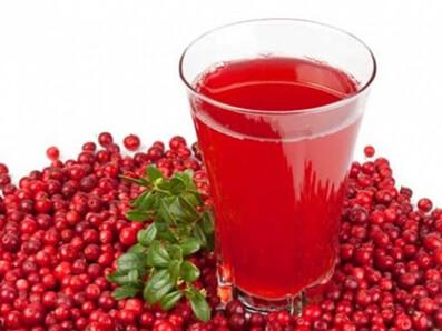 Сок калины помогает избавиться от головных болей, бессонницы и неврозов