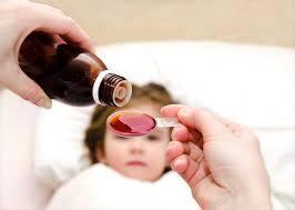 Для лечения сухого кашля используют отхаркивающие препараты