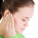 Промывание носа и риск попадания воды в ухо
