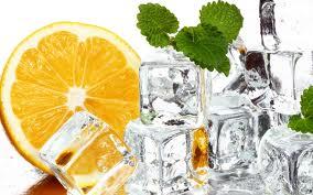 Для приготовления кубиков льда можно использовать травяные отвары