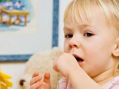 Мокрота в горле у ребенка: что следует делать