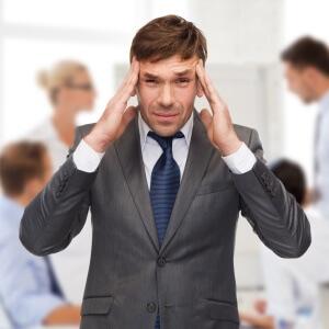 Постоянные головные боли - основной симптом ишемии головного мозга