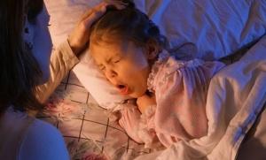 Ночной кашель у детей: причины и первая помощь