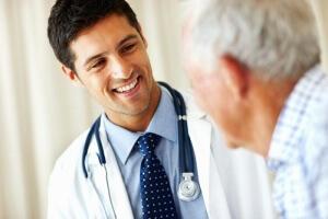 При возникновении первых признаков и симптомов нарушения, необходимо обратиться за помощью эндокринолога