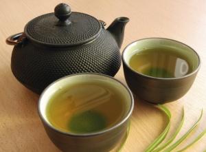 Травяные отвары - средства народной медицины, помогающие снизить давление