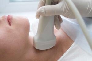 Расшифровка УЗИ щитовидной железы: особенности процедуры и показатели нормы
