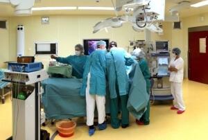Для лечения ОАП сердца может использоваться, как медикаментозная, так и хирургическая терапия