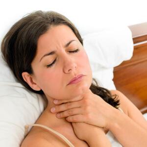 Ком в горле при беременности: основные причины, симптомы, методы лечения