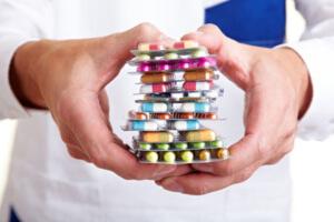 Антибиотики при гриппе и ОРВИ: эффективные препараты