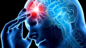 Инсульт может сопровождаться кровоизлиянием в головной мозг