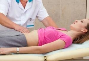 Способ лечения холецистита определяет врач после обследования