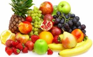 Наиболее полезными считаются кислые и кисло-сладкие фрукты