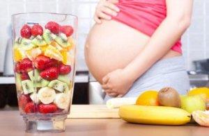 Продукты питания влияют на цвет мочи