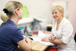 Основная причина недуга - гормональный сбой в организме женщины