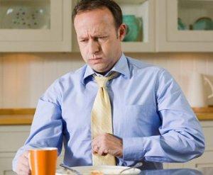 Тошнота во время еды - симптом многих недугов