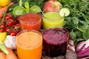 При лечении патолоии эффективна терапия соками