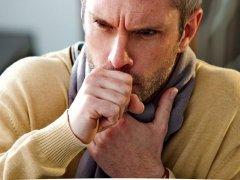 Продолжительный сухой кашель у взрослого: особенности патологии