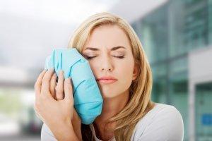 Применение холода - эффективный метод лечения гематомы