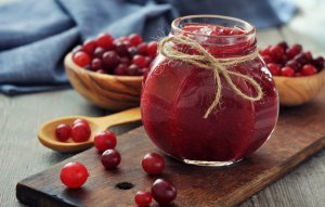 Способы приготовить полезный напиток из клюквы