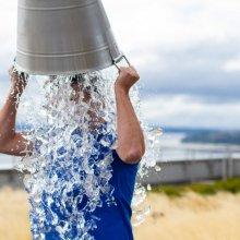 Как правильно начать обливаться холодной водой и укрепить иммунитет
