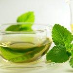 Чай с мятой: полезные свойства и противопоказания для мужчин и женщин