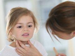 Лечение ларингита в домашних условиях у детей: консервативные методы и ингаляции