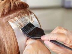 Можно ли красить нарощенные волосы: выбор краски и средств по уходу