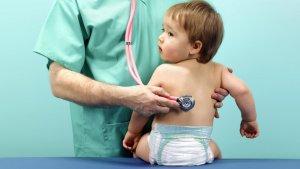 Вирусная пневмония у детей из-за ослабленного иммунитета
