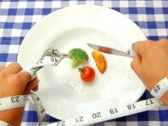 Как правильно голодать, чтобы похудеть: советы и рекомендации