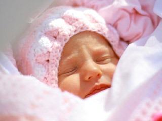 Лечение насморка у новорождённого ребёнка