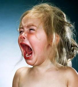 Истерические детские неврозы: причины возникновения