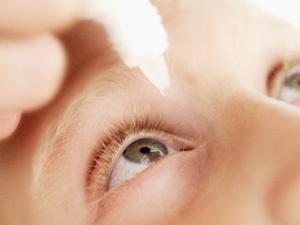 Лечение ячменя у ребенка лучше проводить под наблюдением врача