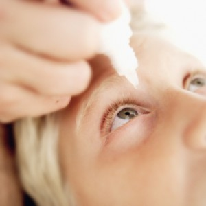 Возможно ли лечение вирусного конъюнктивита в домашних условиях