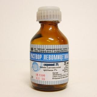 Спиртовой раствор левомицетина - хорошее средство от прыщей